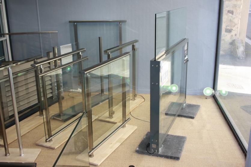 Brise vent aluminium et verre glass alu design laval - Brise vent terrasse en verre ...